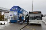Avtobusnaya ostanovka u terminala aeroporta Minsk-2